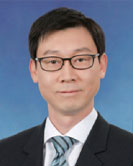 홍정우 교수